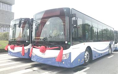 助力城市绿色出行 25辆安凯纯电动车交付合肥高新公交
