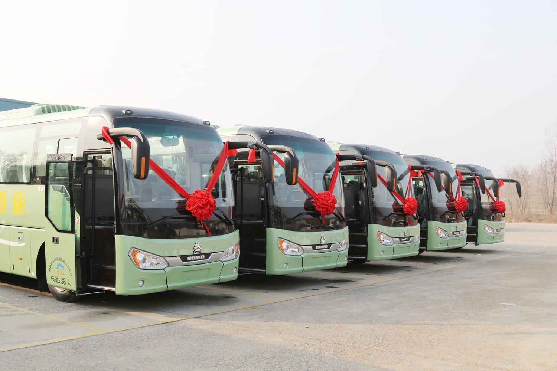 豪沃客车首次进入厦门旅游市场